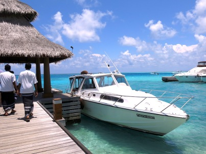 Baros-Maldives-Speedboat