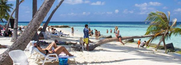 Tulusdhoo beach guest houses accommodations maldives www.cruise-maldives.com