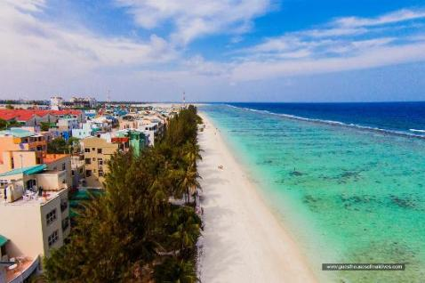 hulhumale beach - www.cruise-maldives.com