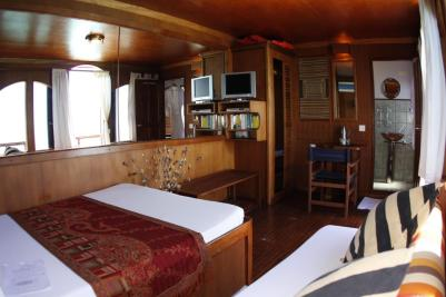 Dhoni private cabin www.cruise-maldives.com