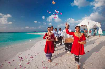 Baros wedding ceremony sandbank