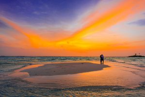 Catch a romantic & spectacular sunset on a sandbank with the loved one